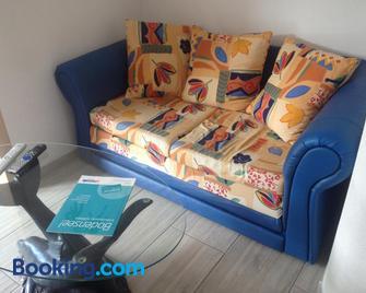 Carlo - Ванген-ім-Алльгой - Living room