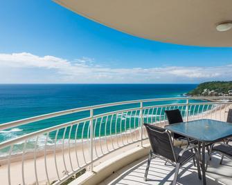 2nd Avenue Beachside Apartments - Burleigh Heads - Balcony