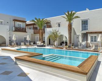 Nissaki Beach Hotel - Naxos - Pool