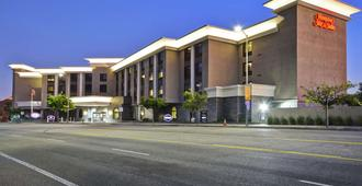 Hampton Inn & Suites Los Angeles Burbank Airport - Burbank