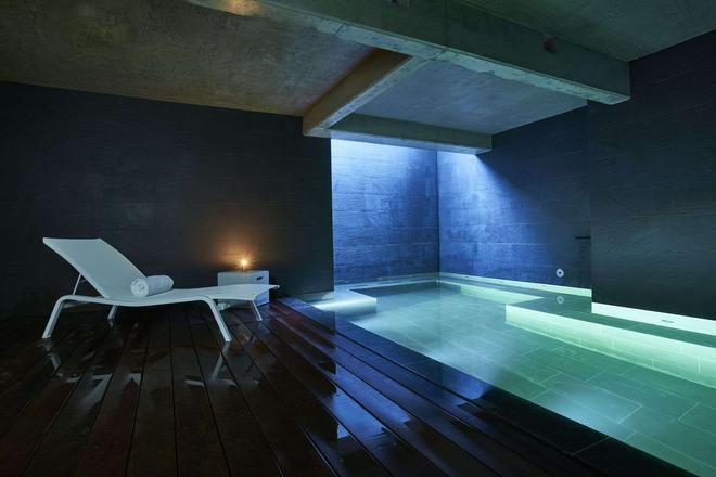 9hotel Sablon - Brussels - Pool