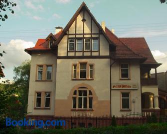 Willa Luna - Szczawno-Zdrój - Building