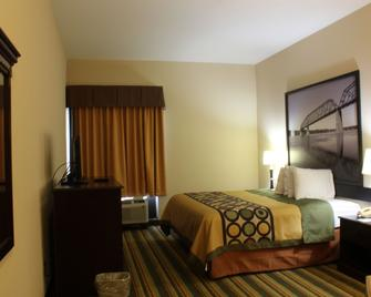 Super 8 by Wyndham Natchez - Natchez - Bedroom