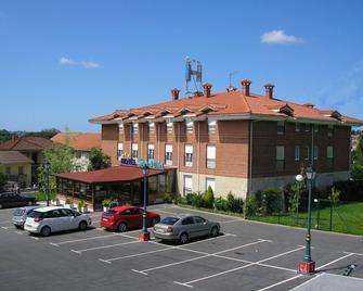 Hotel San Juan - Camargo - Edificio