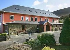 Kerry Ocean Lodge - גלנביי - בניין