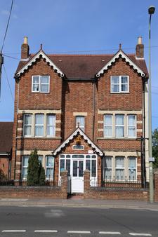 All Seasons Guest House - Oxford - Rakennus