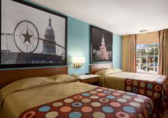 奧斯丁市中心國會大廈速 8 酒店 - 奥斯汀 - 奧斯汀 - 臥室