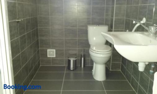 藍天海岸飯店 - 濱海阿熱萊斯 - 浴室