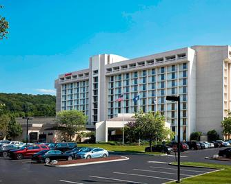 Westchester Marriott - Tarrytown - Building