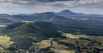 Kyriad Prestige Clermont-Ferrand - Clermont-Ferrand - Näkymät ulkona