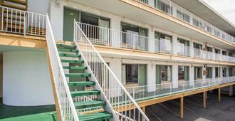 Rodeway Inn Oceanview - Atlantic City - Edificio