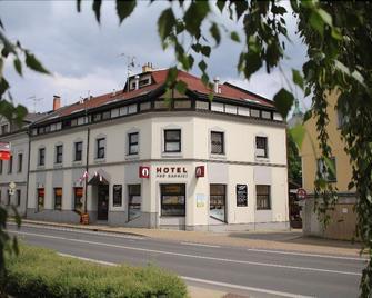 Hotel Pod Radnicí - Sumperk - Gebouw
