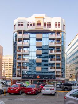 Delmon Palace Hotel - Ντουμπάι - Κτίριο