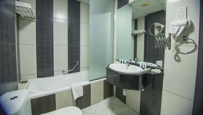 Delmon Palace Hotel - Ντουμπάι - Μπάνιο