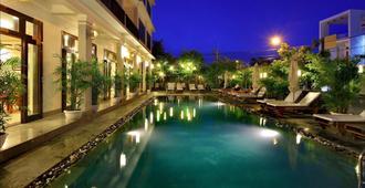 Sunshine Hotel - Hoi An - Πισίνα