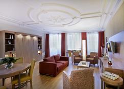 Citadines Kléber Strasbourg - Straßburg - Wohnzimmer