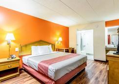 格羅韋城 6 號汽車旅館 - 葛洛夫市 - 格羅夫城 - 臥室