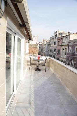 Babu House - Istanbul - Balcony