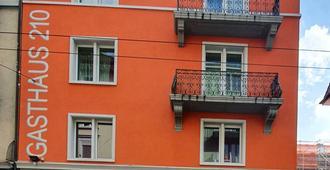 Gasthaus 210 - Zurich - Building