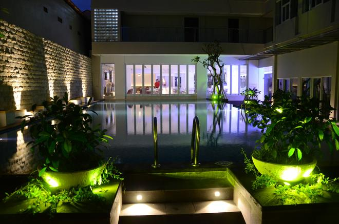 Fashion Hotel Legian - Kuta - Pool