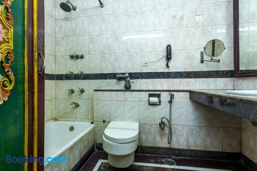 Hotel Sunstar Residency - Νέο Δελχί - Μπάνιο