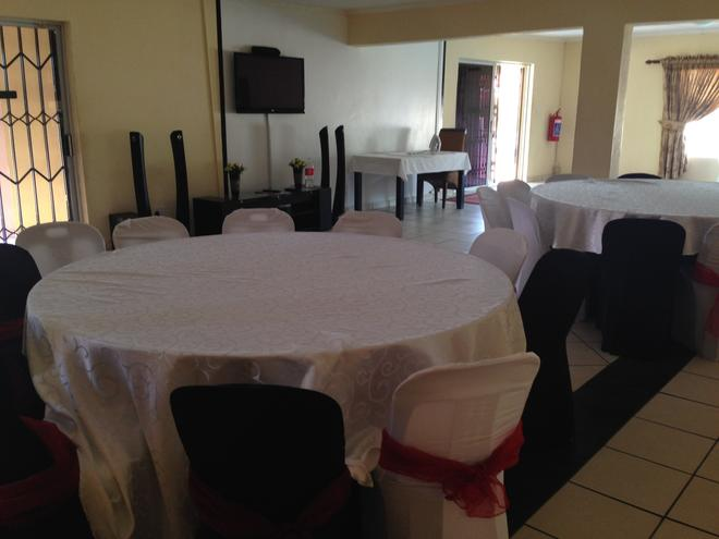 Colts Hill Guest House - White River - Restaurante