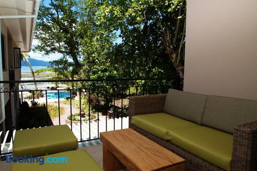 Le Repaire - Boutique Hotel & Restaurant - La Digue Island - Μπαλκόνι