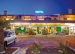 Hotel Agli Olmi - San Biagio di Callalta - Building