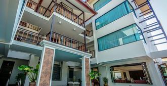 Goldenbell Hotel Chiangmai - Chiang Mai - Edificio