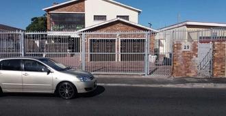 St@y-1-Bnb - Cape Town