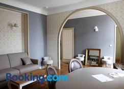 Appart'Hotel Hotel Saint Georges - Troyes - Wohnzimmer