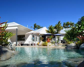 Mossman Motel Holiday Villas - Mossman - Pool