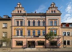 Bohemia Inn Hotel - Турнов
