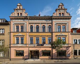Bohemia Inn Hotel - Turnov