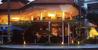 Prime Plaza Suites Sanur - Bali - Denpasar - Pool