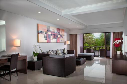 Prime Plaza Suites Sanur - Bali - Denpasar - Olohuone