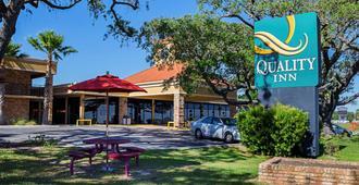 Quality Inn Biloxi Beach - Biloxi