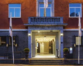 Quality Hotel Grand Kristiansund - Kristiansund - Building