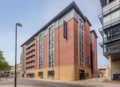 Travelodge Sheffield Central - Sheffield - Edificio
