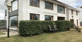 Orchard Manor - Truro - Gebäude