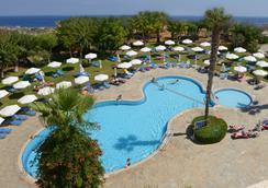 Artemis Hotel Apartments - Πρωταράς - Πισίνα