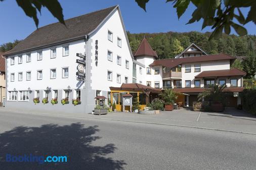 Hotel Gasthof Sonne - Fridingen an der Donau - Building