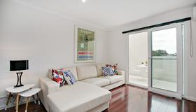 Newtown Mews - Sydney - Living room