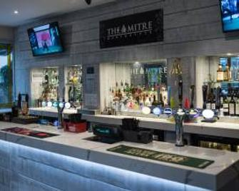 The Mitre Hotel - Manchester - Bar