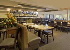 Radisson Hotel Portland Airport - Portland - Ravintola