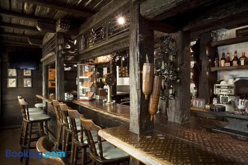 特勞貝酒店 - 司徒加特 - 酒吧