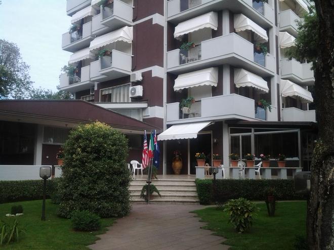 玖熙酒店 - 卡馬約雷 - 卡馬約雷 - 建築