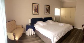 Spring Tide Inn - Cape Town - Bedroom