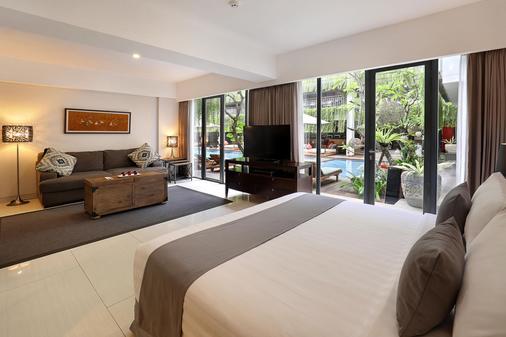 Hotel Neo+ Kuta Legian - Kuta - Makuuhuone