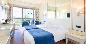هوتل تي إتش بي لوس مولينوس - للبالغين فقط - ايبيزا - غرفة نوم